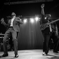 Concert Review/Photo Gallery: The Rose Music Center features soulful R&B love songs from Brian McKnight and a rocking soulful jazz performance from Boney James on Thursday 8/13/15