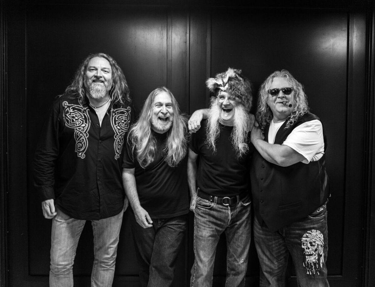 "Interview: Richard Young of the Kentucky Headhunters shares stories about his memories of the ""Full Throttle Saloon"" and provides some insight to the history of the Kentucky Headhunters as well as his son's band Black Stone Cherry in a conversation with our very own Ryan Pike"