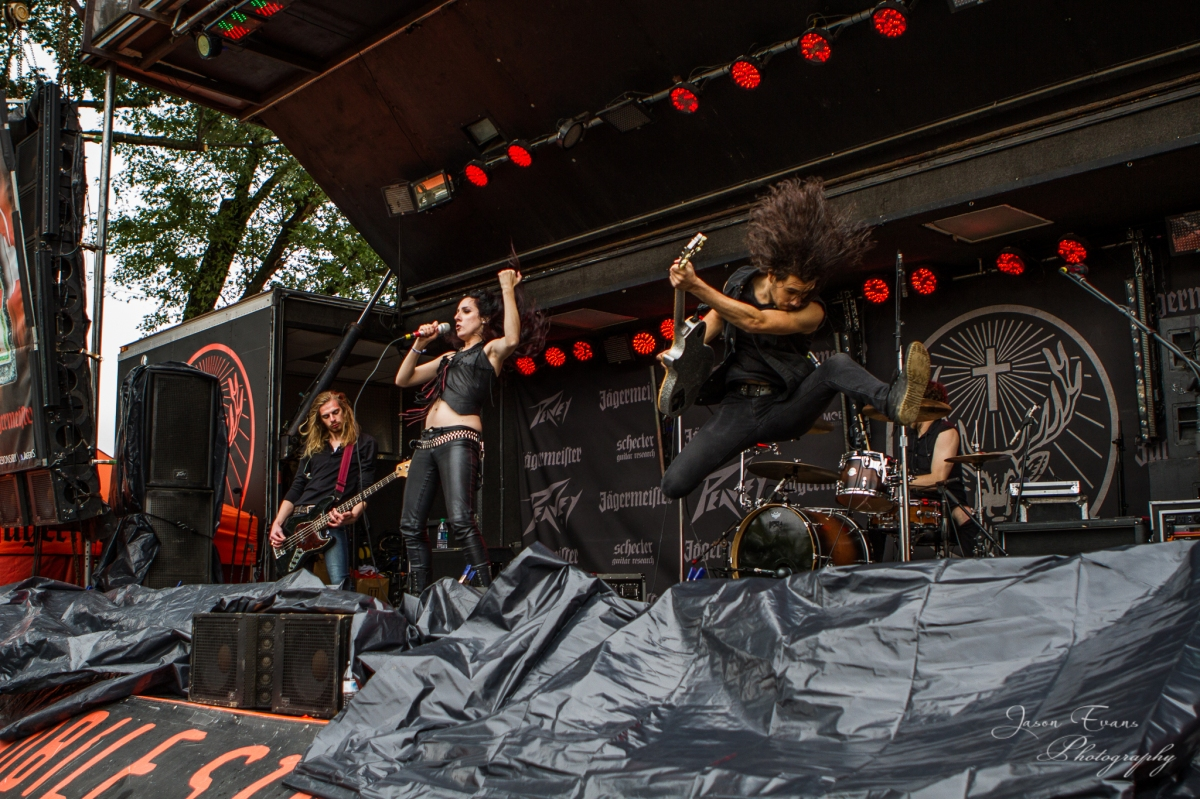 Exclusive Photo Gallery: Romantic Rebel at Louder Than Life 2015