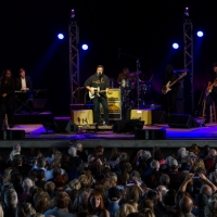 Vince Gill Sells Out The Rose Music Center in Huber Heights, OH