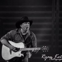 Artist of the Week: Garth Brooks