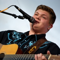 Alex Miller Performs at the Kentucky State Fair & Presented ALM Award EXCLUSIVE Photos & Review